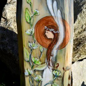 Anioł w Jaśminowym Kwieciu | Ręcznie malowany na drewnie | Prezent dla każdego i na każdą okazję