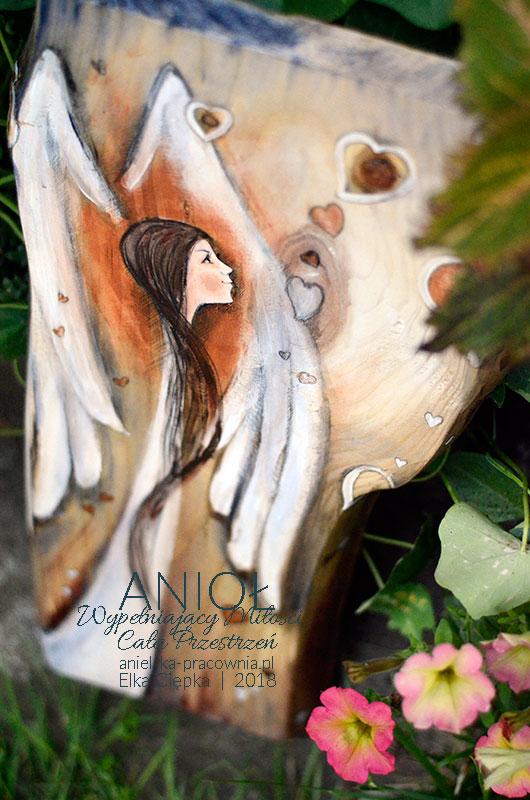 Każdy zasługuje na miłość! Anioł przeznaczony dla osoby, której życzysz wszechobecnej miłości każdego dnia i w każdym momencie!