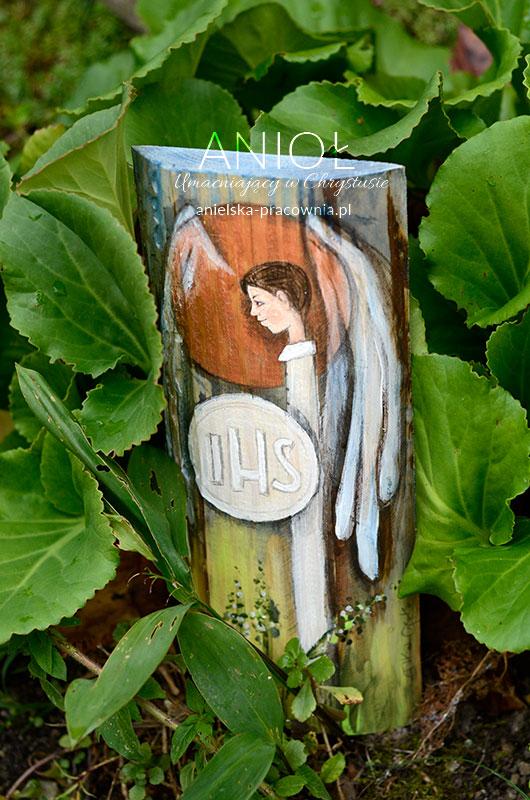 Anioł Umacniający w Chrystusie najlepszym prezentem dla chłopca z okazji Pierwszej Komunii Świętej